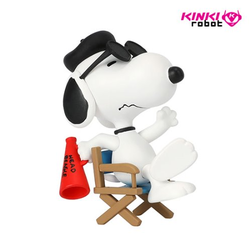 UDF PEANUTS SERIES 11 FILM DIRECTOR SNOOPY